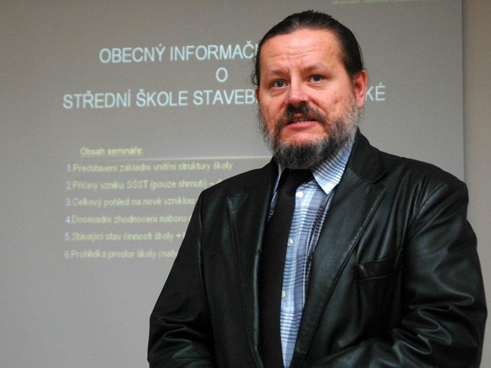 Ředitel Střední školy stavební a technické Vítězslav Štefl.