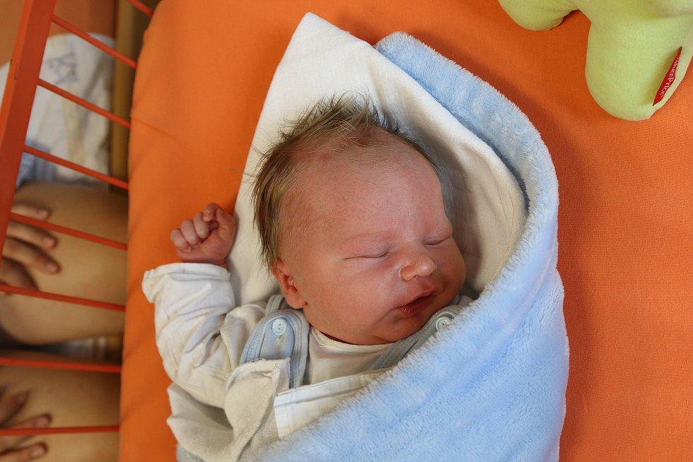 Jáchym Formánek se narodil Barboře Formánkové z Ústí nad Labem 17. srpna ve 4.39 hodin v Ústí nad Labem. Měřil 52 cm, vážil 3,8 kg
