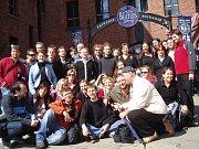 Ústecká  skupina The Boom Beatles Revival Band, založená v roce 1991, v pátek 24. srpna odjela hrát do Liverpoolu, kde Beatles vznikli.