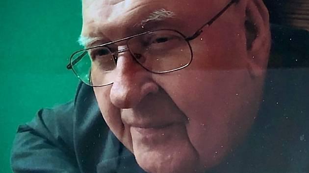 Zemřel uznávaný dětský lékař František Drnek.