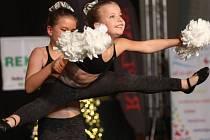 Soutěžní klání v cheerleadingu v hale Sluneta na Klíši.