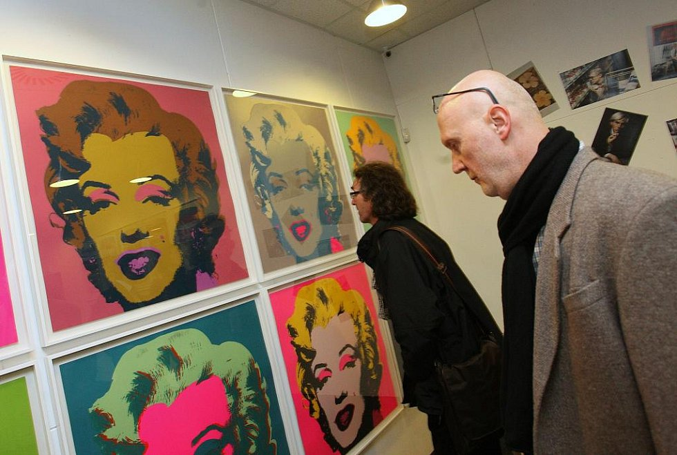Milionové obrazy Andyho Warhola vystavují v Ústí.