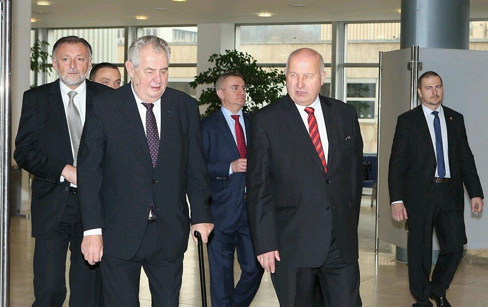 Prezident Miloš Zeman na krajském úřadě.