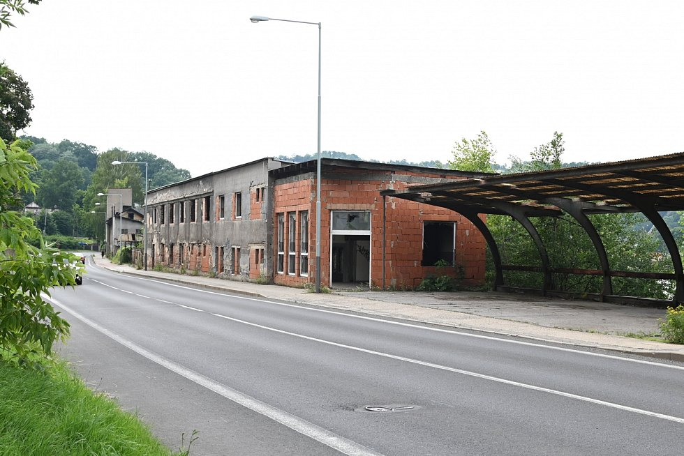 Bývalá loděnice v ulici Děčínská ve Střekově.
