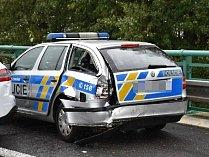 Dopravní nehoda policejního vozu, ilustrační foto.
