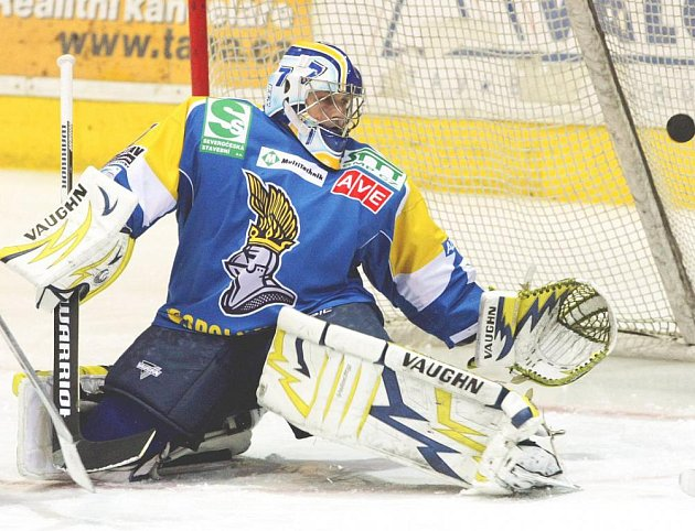 Brankář Zdeněk Orct pomohl svým výkonem Ústeckým Lvům k vítězství 4:3.