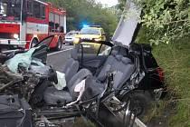 U obce Svatý Štěpán, došlo k těžkému střetu osobního a nákladního auta.