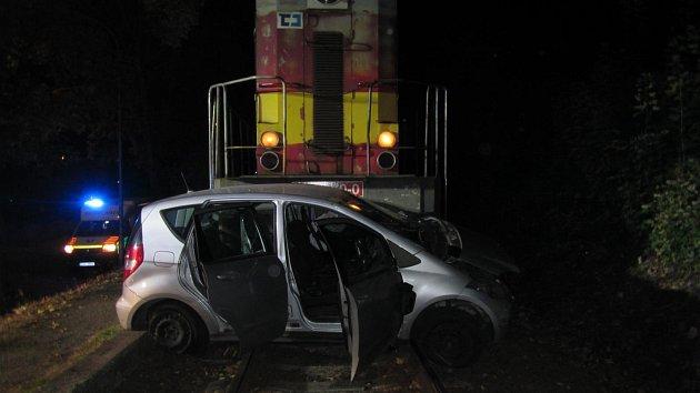 Dopravní nehoda ve Zlíně na ulici Podvesná.
