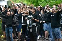Fotbalový zápas první ligy mezi Zlínem a Ostravou - dění kolem stadionu