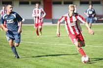 Fotbalisté Brumova (bílo-červení). Ilustrační foto