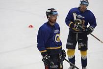 Hokejisté Zlína v pondělí poprvé vyjeli na led a začali přípravu na další extraligovou sezonu. Na snímku Bedřich Köhler.