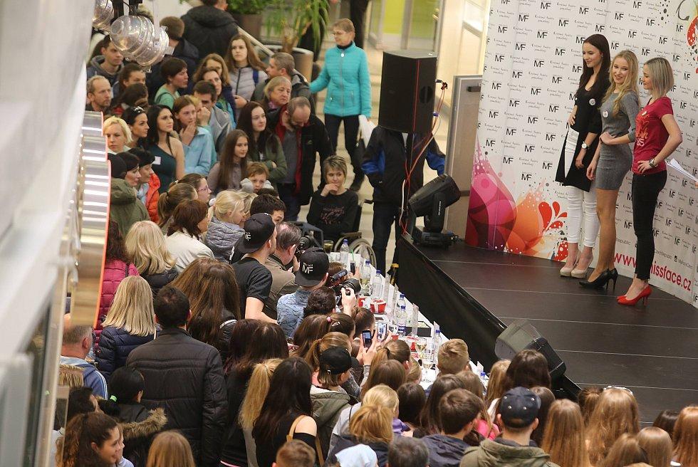 Miss Face 2017 obchodní centrum Zlaté Jablko ve Zlíně.