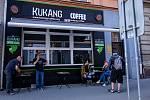 Ochranářská kavárny Kukang Coffe v Ústí nad Labem.