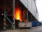 Požár haly Metalšrotu Tlumačov