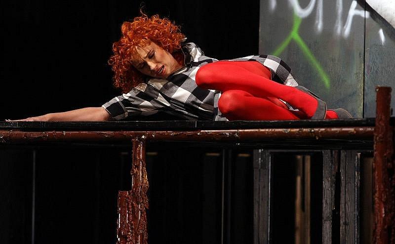 Herci zlínského městského divadla ve středu 2. listopadu zkoušeli nesmrtelnou komedii Carla Goldoniho Sluha dvou pánů.