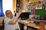 Radioamatér Josef Bartoš učil telegrafovat Jiřího Hanzelku