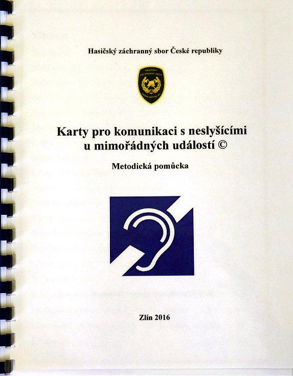 Soňa Pančochová  Karty pro komunikaci s neslyšící,i u mimořádných událostí.