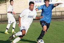 Fotbalisté Napajedel (v bílém). Ilustrační foto
