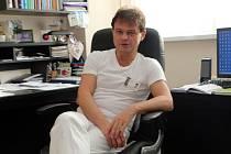 MUDr. Jozef Macko, Ph.D., náměstek léčebné péče, primář novorozeneckého oddělení, Krajská nemocnice T. Bati, a. s.