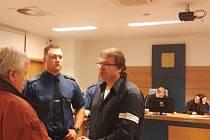 Dalším dnem pokračovalo u krajského soudu ve Zlíně hlavní líčení v případu brutální vraždy otrokovického podnikatele Pavla Nevařila z roku 2005.