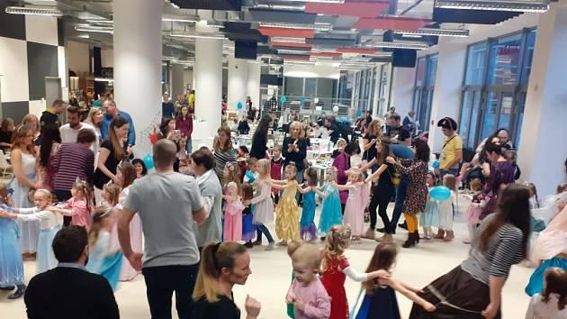 Ples princezen pořádaný DDM Astra ve Zlíně