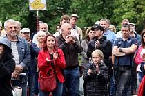 Protest na podporu nezávislosti justice a proti špatné vládě ve Zlíně u památníku T. Baťi.