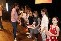OCENĚNÍ. Všechny děti, které se zůčastnili semifinále obdrželi od organizátorů pamětní diplom a samozřejmě velkou pochvalu.