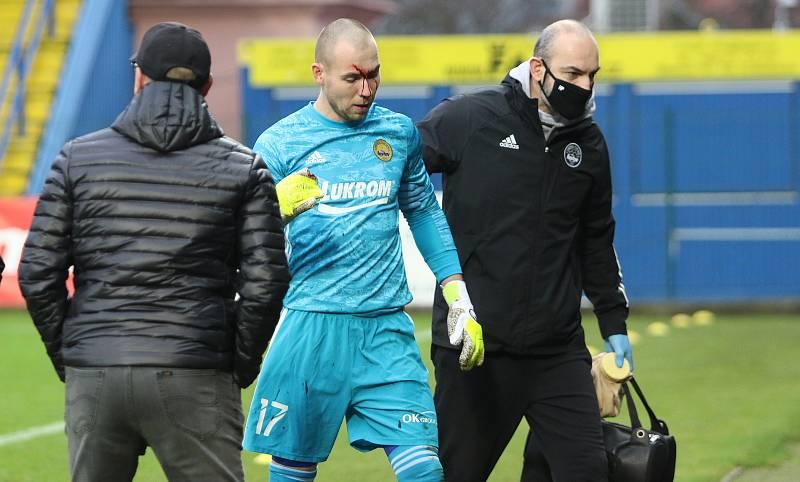 Fotbalisté Zlína (ve žlutých dresech) v posledním letošním zápase hostili Teplice.