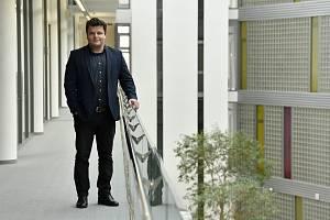 Místopředsedou České konference rektorů byl 3. června zvolen prof. Ing. Vladimír Sedlařík Ph.D., rektor Univerzity Tomáše Bati ve Zlíně.