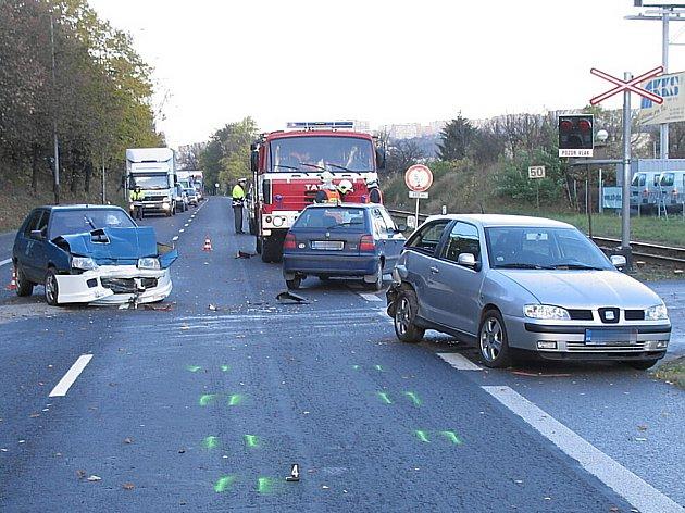 Nehoda zapříčinila dopravní komplikace.