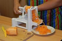 (Ne)vaření se spiralizérem aneb Jak to sluší zelenině vAstře.