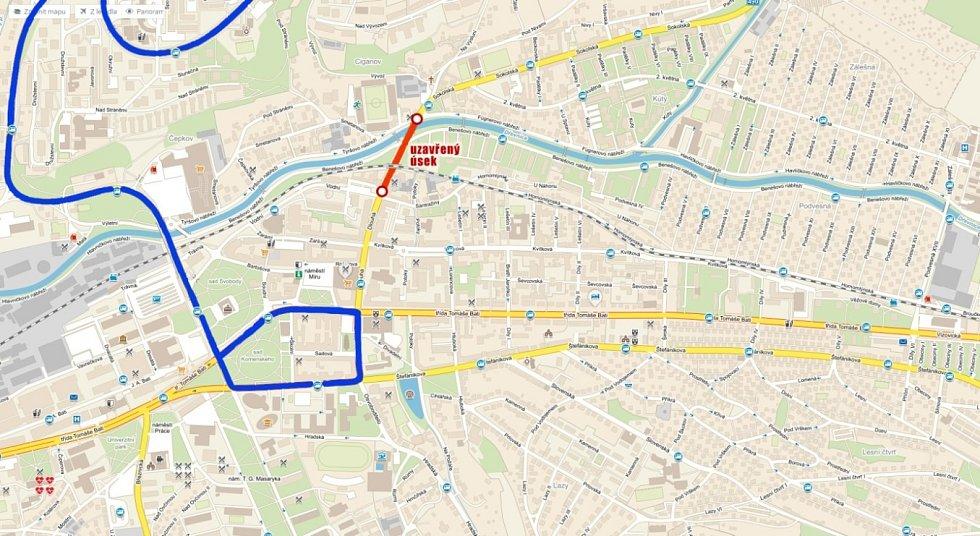 Trasa linky 8 během sobotního Festivalového půlmaratonu