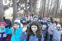 Děti se školní družiny ve Slavičíně nadělovaly zvířátkům