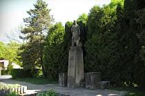 Pomník partyzána ve Vizovicích.