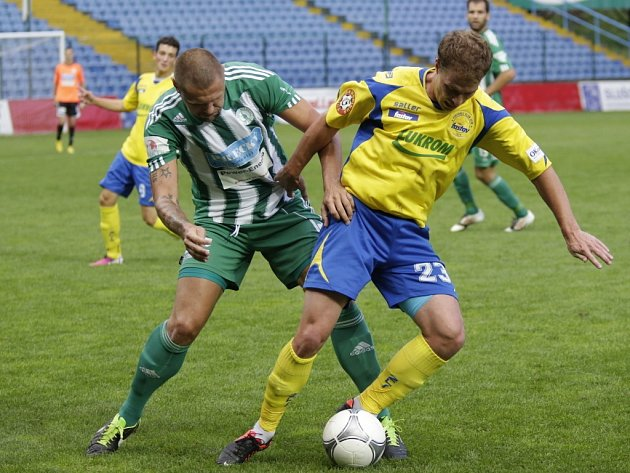 Pavel Malcharek (ve žlutém),