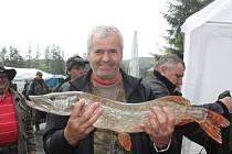 V Luhačovicích proběhly šedesáté jarní rybářské závody. O kapitální kousky nebyla nouze.