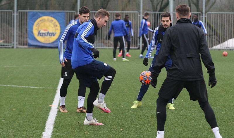 Fotbalisté Zlína po krátké vánoční přestávce v pondělí  zahájili specifickou dvoutýdenní zimní přípravu.