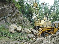 Zahájení těžby kamene v bělovském lomu.