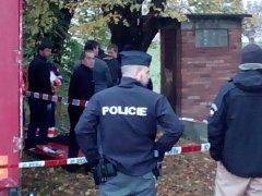 V řece Dřevnici ve Zlíně našli utonulého devětadvacetiletého muže.