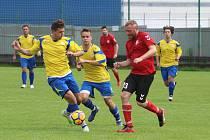 Fotbalisté Příluk ve svém druhém domácím zápase I. B třídy skupiny A nezvládli první poločas duelu s rezervou Brumov a prohráli 1:3.