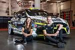 Regionální posádka Erik Cais a Jindřiška Žáková ve voze Fordu Fiesta Rally2 brala v Itálii desáté místo.