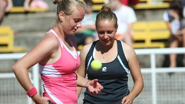 Vítězky finále čtyřhřy – sestry Kučovy ze Slovenska