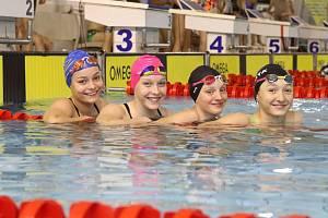 Zlínští plavci na domácím mistrovství republiky získali jedenáct medailí.