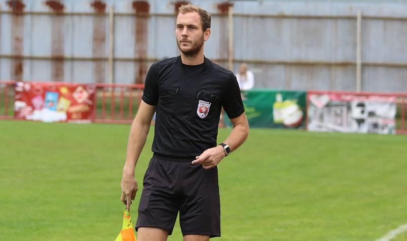 Fotbalisté Otrokovic (modrobílé dresy) proti Blansku prohráli 2:4.