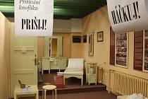 Výstava v Muzeu Luhačovického zálesí: Jehla, příze, pokličky, hračky každé babičky