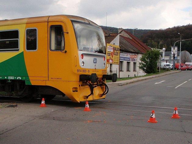 Srážka osobáku s vlakem skončila bez zranění
