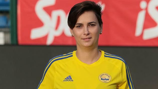 Házenkářská rozhodčí Kateřina Brzósková  hraje i fotbal za Fastav Zlín