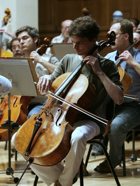 ZKOUŠKA ORCHESTRU. Zlínská filharmonie uvede koncertní večer komponovaný v tancích a inspirovaný lidovými kořeny.