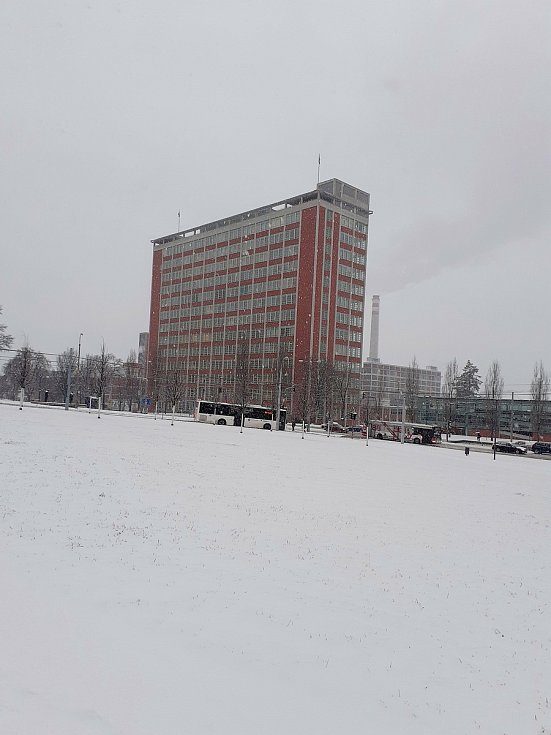 Sníh a ledovka ve Zlíně - 8. 2. 2021