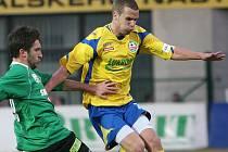 Filip Novák (ve žlutém)